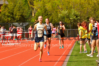 Chesna Tomko 4x800 . Butler took first.
