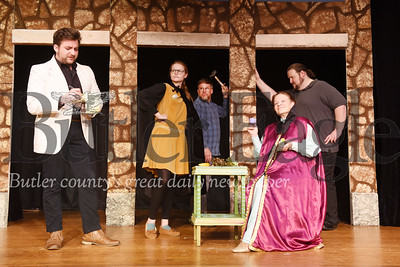 Harold Aughton/Butler Eagle: (left-right) Grant Allen Clark, as George Peach; Phoenix Kelly, as Minnie; Phillip Ball, as Henry; Bonnie Cahill as Mrs. Reece, and Dennis Whalen as Plummer.