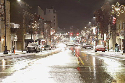 Butler Main Street with holiday lights Tuesday. Seb Foltz/Butler Eagle 12/01/20