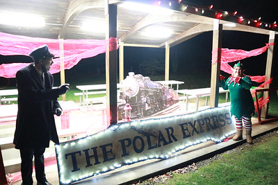 The Junior Women's Club of Butler held their Polar Express Christmas event in Alameda Park on Saturday night.  Eric Jankiewicz/butler eagle