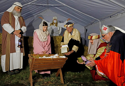 Members of the Presbyterian Church of Portersville participate in a live nativity Saturday. Seb Foltz/Butler Eagle  12/12/20 Left to right: Michael Palmosina (Joseph), Diana Dailey (Mary), Debbie LaChance (Angel), Bill Shaw, Eric Miller, Dana Opp (Wisemen)