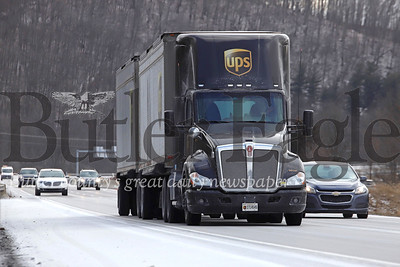 EDITORS NOTE: FOR FIRST RESPONDER STORY A UPS truck passes by the Zelienople exit of I-79 North Tuesday. Seb Foltz/Butler Eagle