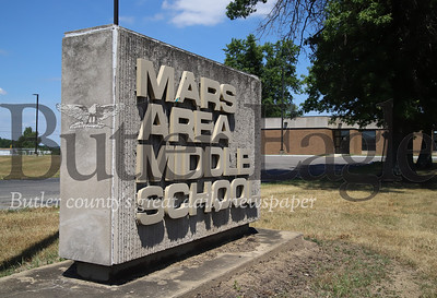 Mars Middle School. Seb Foltz/Butler Eagle