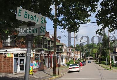 Brady St. Graffitti story. Seb Foltz/Butler Eagle 07/21/20