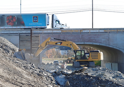 228 I79 underpass project. Seb Foltz/Butler Eagle 11/4/20