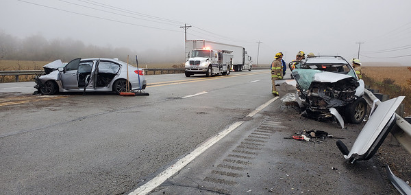 Two vehicles crashed Tuesday night on Route 422 in Clearfield Township. Nathan Bottiger/Butler Eagle.