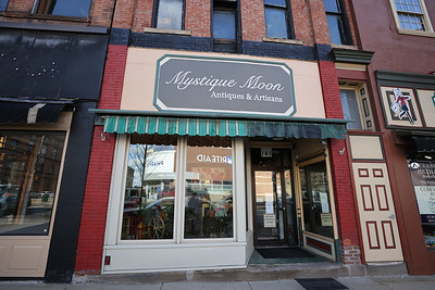 Mystique Moon antique store on Main Street in Butler. Seb Foltz/Butler Eagle  (April 2021)