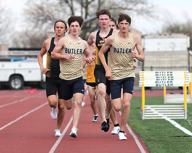 Butler's C.J. Singleton (right) and Skyler Vavro lead the pack in the 1600 Wednesday against North Allegheny. The two held on to place first and second respectively. Seb Foltz/Butler Eagle 04/14/21