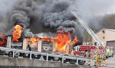 0418_loc_hunters truck fire