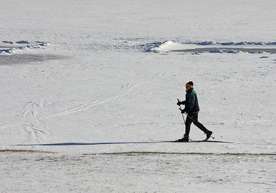 Jay Tindall of Harmony cross country skis on the South Shore of Lake Arthur earlier this week. Seb Foltz/Butler Eagle Feb. 2021