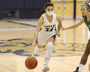 Butler's Megan Penrod drives down the court against South Fayette Saturday at home. Seb Foltz/Butler Eagle 01/09/21