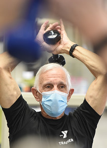 Trainer Lou Yossa, 77, leads the Exercise for Parkinson class at the Butler YMCA, Monday, January 11, 2021. Harold Aughton/Butler Eagle.