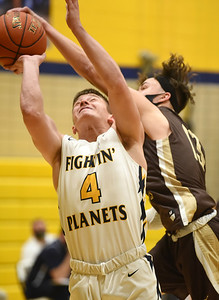 Highlands Dom Pecsi (13) stuffs Mars Anthony Vargo (4) in third quarter action Friday, January 15, 2021. Harold Aughton/Butler Eagle.