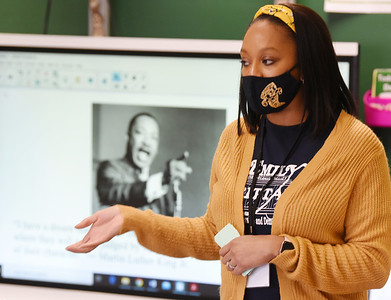 Third-grade teacher, Krystal Epps-Abdulhafith discusses the speech made by Martin Lutheran King to her students at at Emily Brittain Elementary Friday, January 15, 2021. Harold Aughton/Butler Eagle.