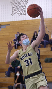 Butler's Madden Clement goes for a layup against Pine Richland Tuesday. Butler fell to Pine Richland 65-61 on the road. Seb Foltz/Butler Eagle 01/19/21