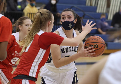 Butler's Alison Altman drives into the lane for shot at home against North Hills. Butler topped the Indians 52-26. Seb Foltz/Butler Eagle 01/21/21