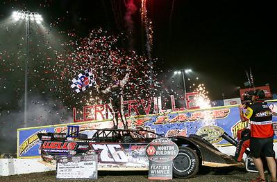 Firecracker 100 at Lernerville Speedway