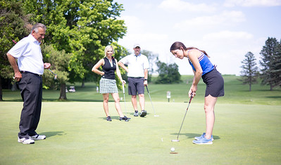 Aubrey's Family Golf Outing