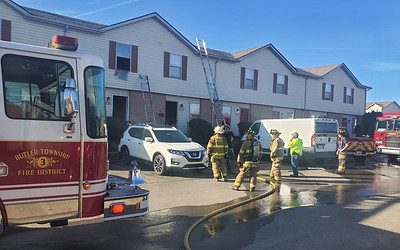 Several fire crews responded to a fire at the Meadowview apartment complex Friday afternoon.