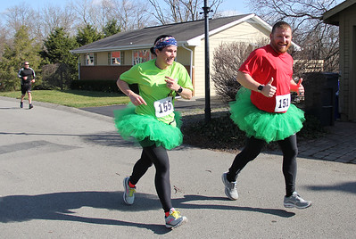 Joggers on Saturday ran in the Shamrock Shuffle. Photos by Eric Jankiewicz