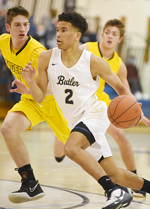 Butler's Devin Carney (2) takes the ball to the hoop against North Allegheny in the first period Friday, January 22, 2021. Harold Aughton/Butler Eagle.