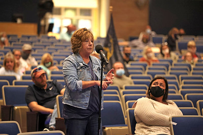 Knoch Area School District parent Barb Brace voices her concerns over mask policy at Wednesday's school board meeting. Around 45 parents, family members and students attended the session. Seb Foltz/Butler Eagle  09/08/21