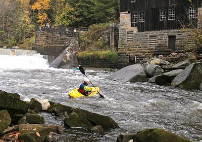 Jesse Macklin turns downstream kayaking through McConnells Mill Wednesday. Seb Foltz/Butler Eagle 10/21/20