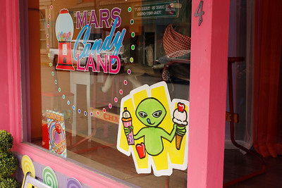 Jill Welsh, a retired sign painter, started the Alien Apple project to promote the upcoming Applefest and local businesses in Mars.