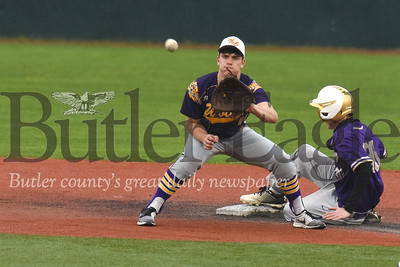 Karns City' s Josh Whitmire (30) beats a throw to second for a steal in the 4th inning.