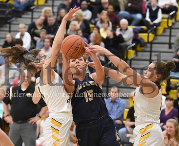 18748 Butler vs North Allegheny Girls Basketball game at North Allegheny High School
