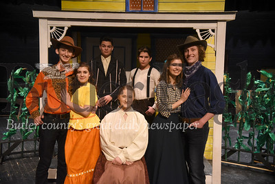 78164 Knoch High school dress rehearsal of Oklahoma