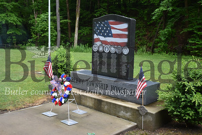Perry Township war memorial. Andie Hannon/Butler Eagle