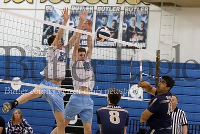 Seneca's Luke Trzeciak (right) and Kyle Montrose(left) go for a block. Seb Foltz/Butler Eagle