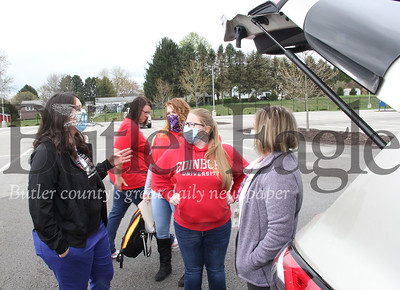 Photos are by Eric Jankiewicz. Stephanie Soloski speaks with the other nurses Friday morning in the parking lot of the Abie Abraham Department of Veterans Affairs Health Care Center.