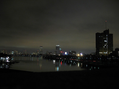 Cool photo of the charles with my point and shoot.