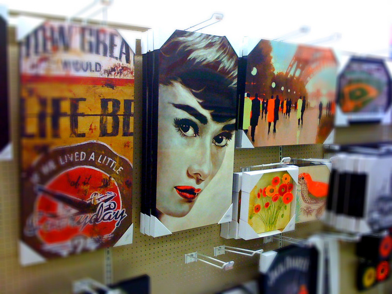 Audrey Lives<br /> (at Target!)<br /> 11/22/09<br /> via iPhone, PS Mobile