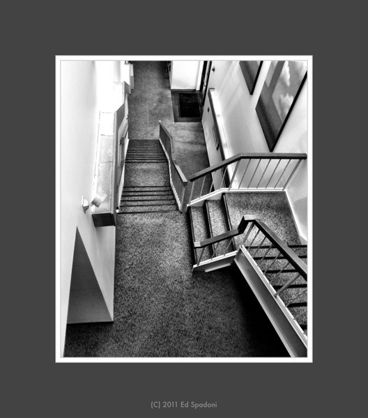 """""""A habit cannot be tossed out the window; it must be coaxed down the stairs a step at a time."""" Mark Twain<br /> <br /> POTD 8/25/2011"""