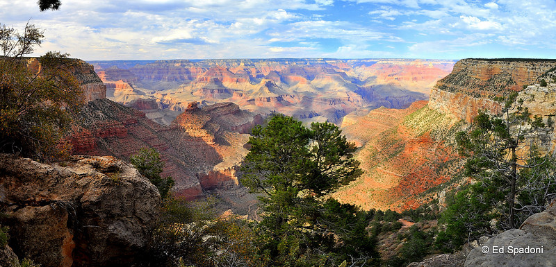 Grand Canyon Panorama  Five images stitched together.  Best viewed X+.