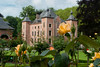 07-06-2012 :<br />  Un parc, pas très loin de chez moi, où on trouve une extraordinaire collection de roses.<br />  A park, not far from my home, where we find an extraordinary collection of roses.