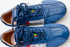 02-05-2012 : My blue sweet shoes ...  Before they are completely worn out.