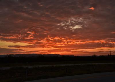 NEA_3568-7x5-Sunrise-East of Van Horn