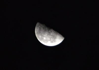 NEA_0591-7x5-Cloud over Moon