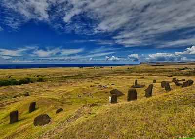 EAS_1648-7x5-Moai Easter Is
