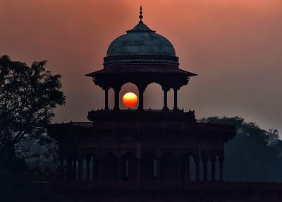 IND_5021-7x5-Sunset-Taj Mahal