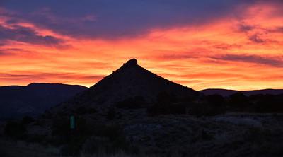 NEA_0281-Sunrise over Round Mtn