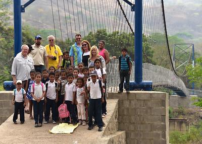 NEA_0213-7x5-Kids at Bridge