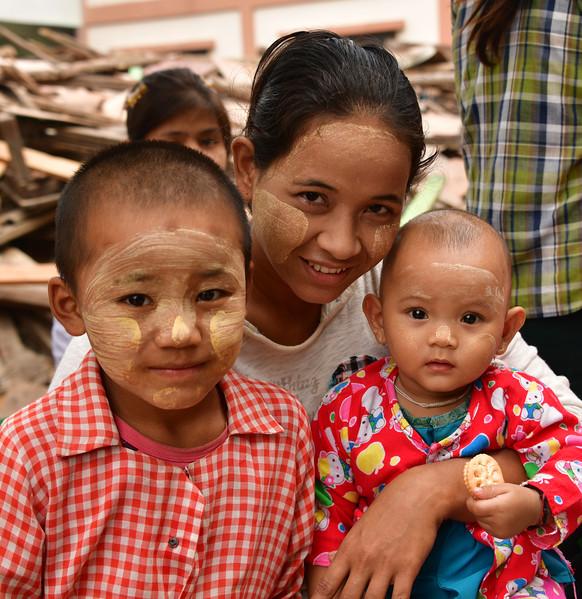 MYA_3693-Family at School