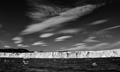 ART_3188-Glacier-Clouds-BW