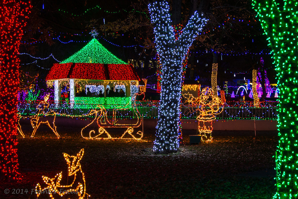 Tuesday, December 23, 2014 -- Lights Galore