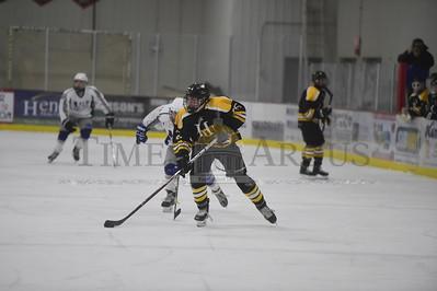 U-32 vs Harwood boys hockey